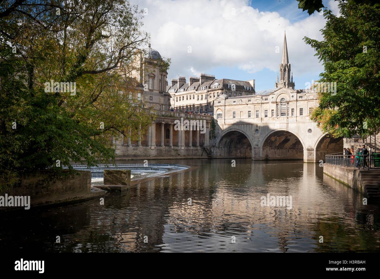 pulteney-bridge-bath-uk-H3RBAH.jpg