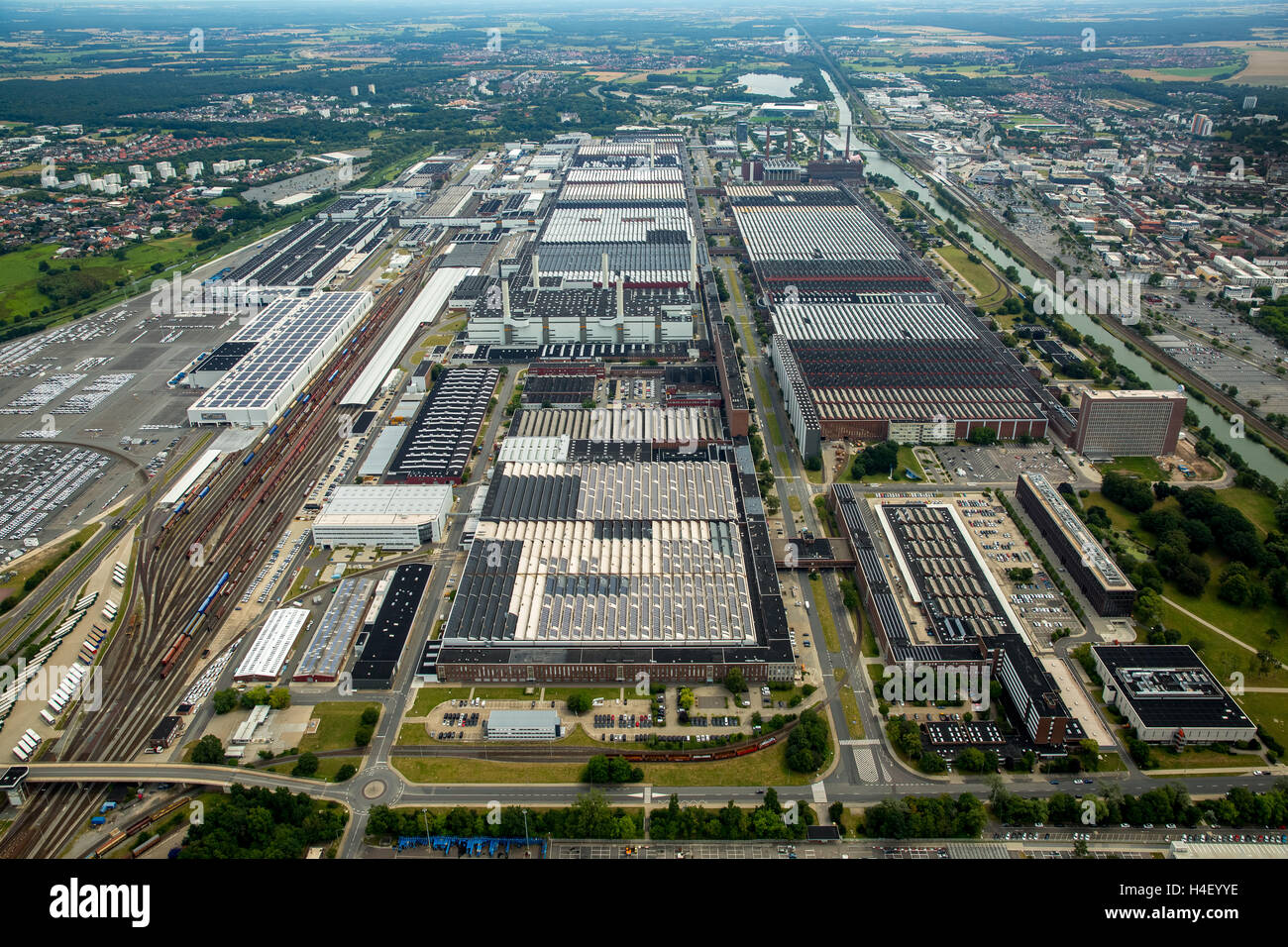 aerial view volkswagen factory in wolfsburg lower saxony. Black Bedroom Furniture Sets. Home Design Ideas