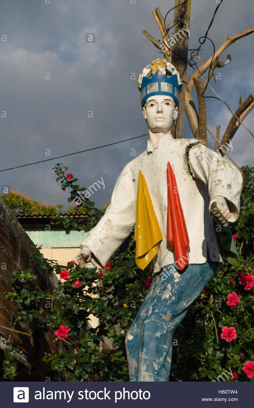 the-shoeshine-boy-as-hero-in-boaco-nicar