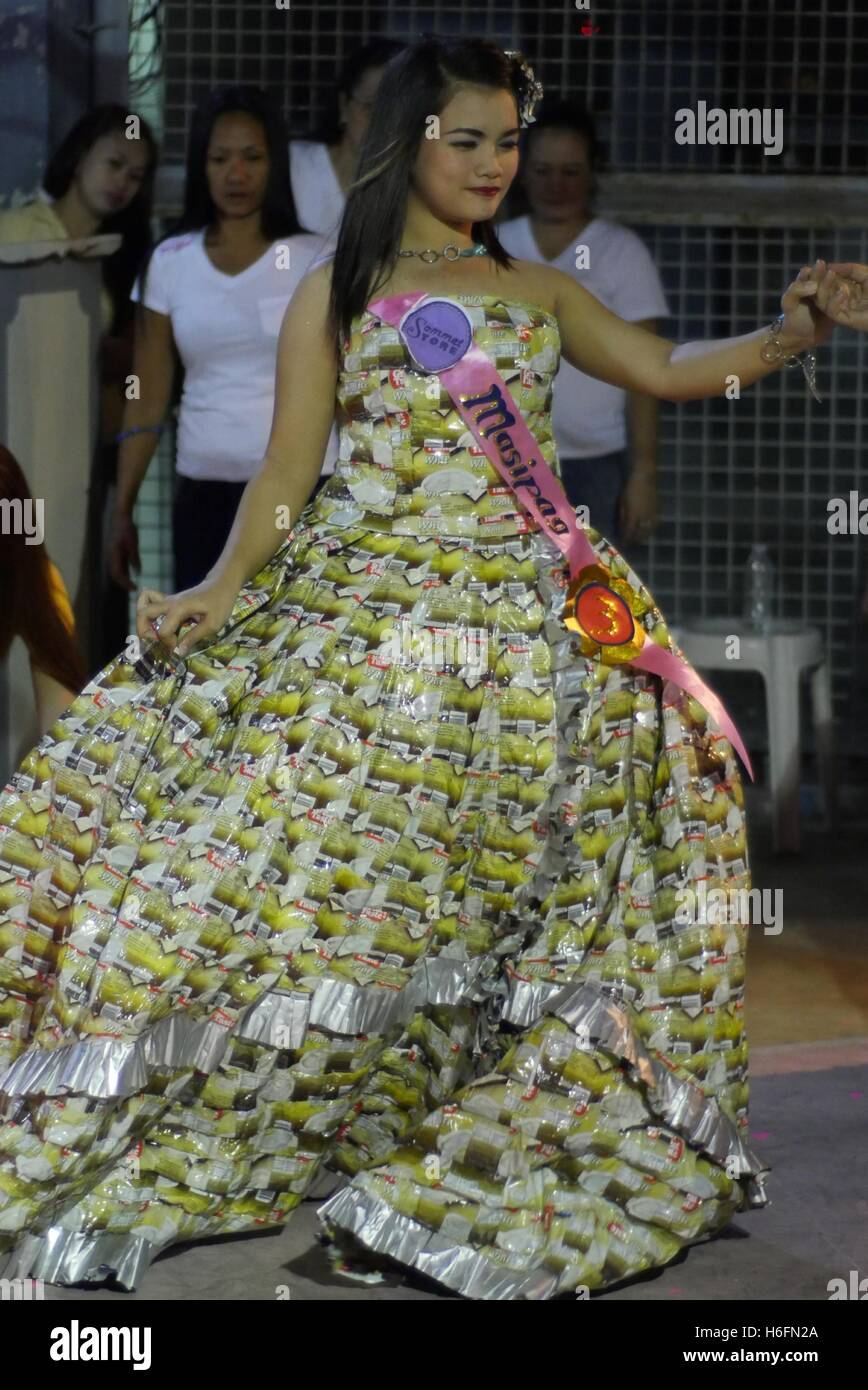 Malabon philippines 26th oct 2016 gowns made out of for Anything of waste material