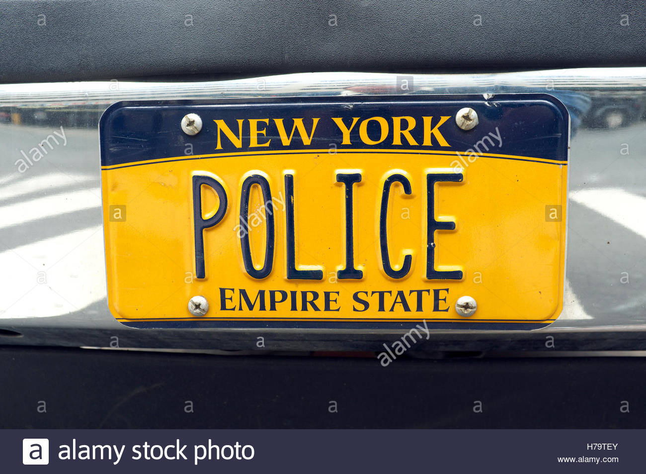 licence-plate-on-a-nypd-new-york-police-