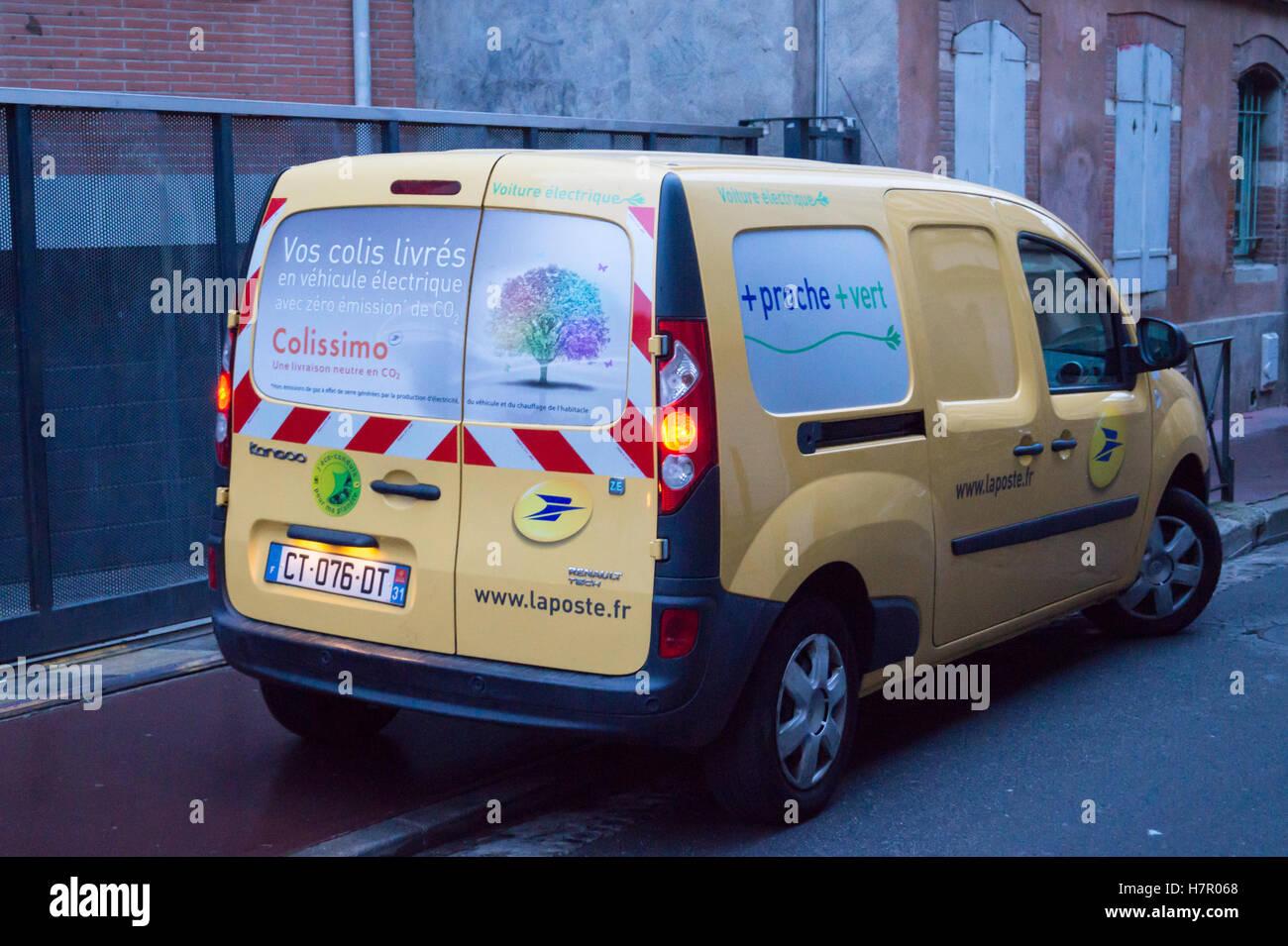 An electric renault tech kangoo post office van toulouse - Colissimo agence haute garonne ...