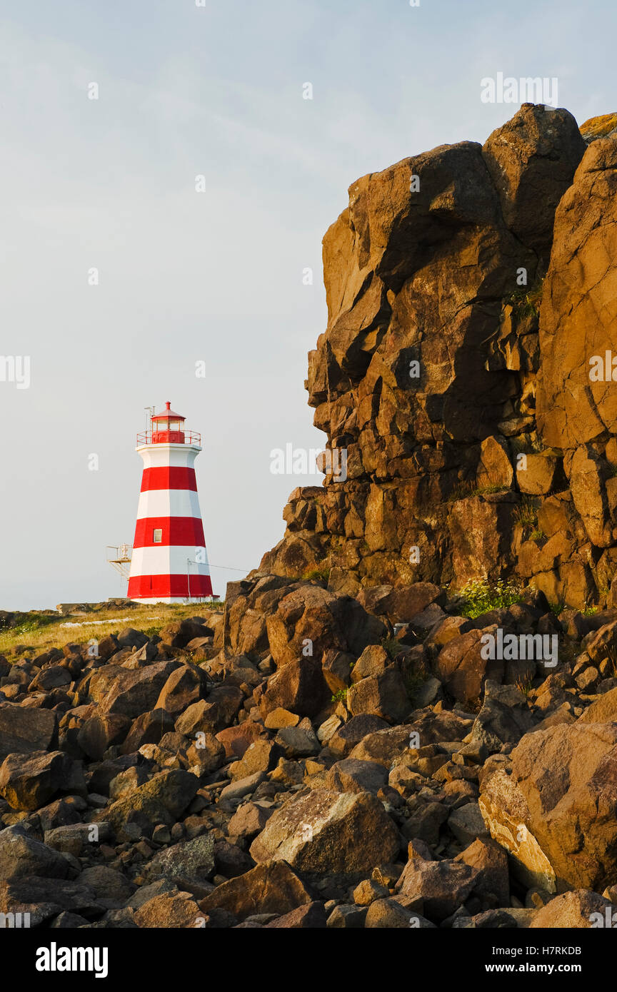 brier island lighthouse  bay of fundy  brier island  nova