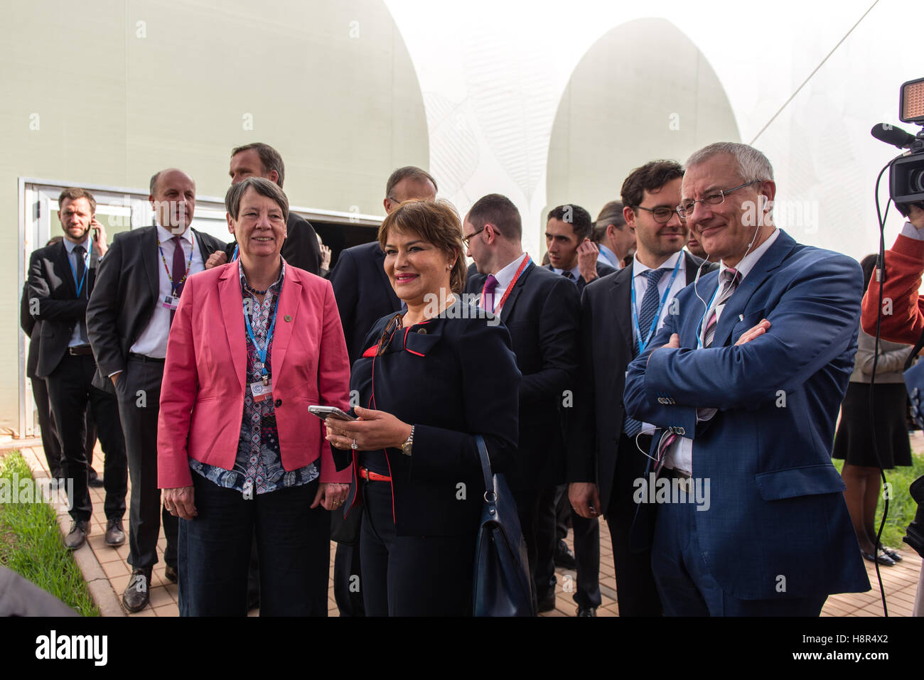 Marrakech, Morocco. 15th Nov, 2016. The German Federal Minister of the Environment Barbara Hendricks and the Moroccan Stock Photo