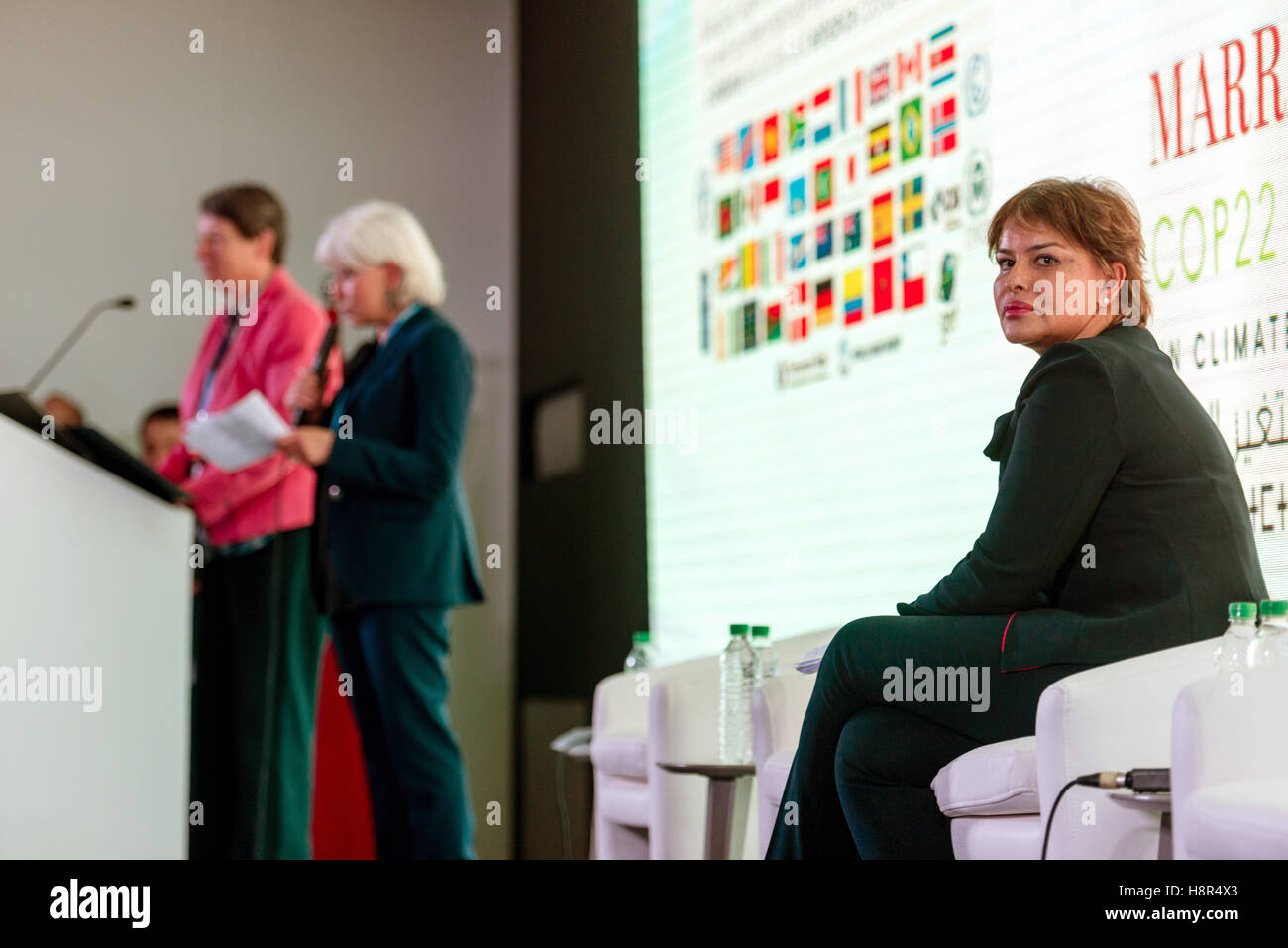 Marrakech, Morocco. 15th Nov, 2016. The German Federal Minister of the Environment Barbara Hendricks (L), the Moroccan Stock Photo