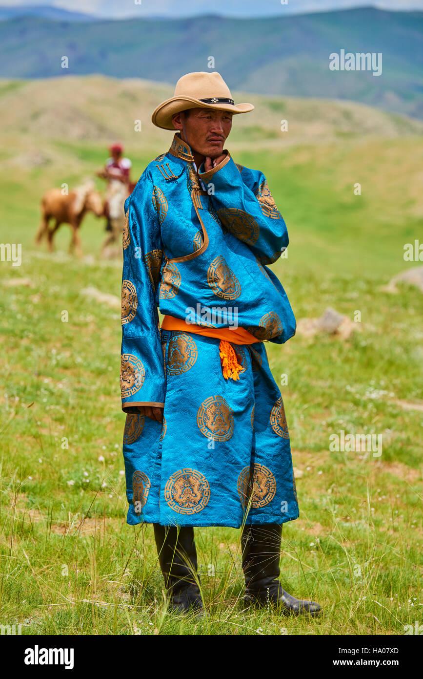 mongolia-bayankhongor-province-naadam-tr