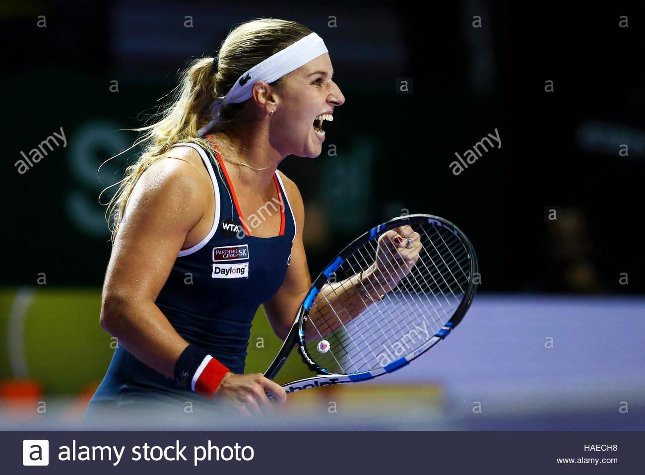 Tennis - BNP Paribas WTA Finals - Singapore Indoor Stadium - 27/10/16 Slovakia's Dominika Cibulkova celebrates Stock Foto