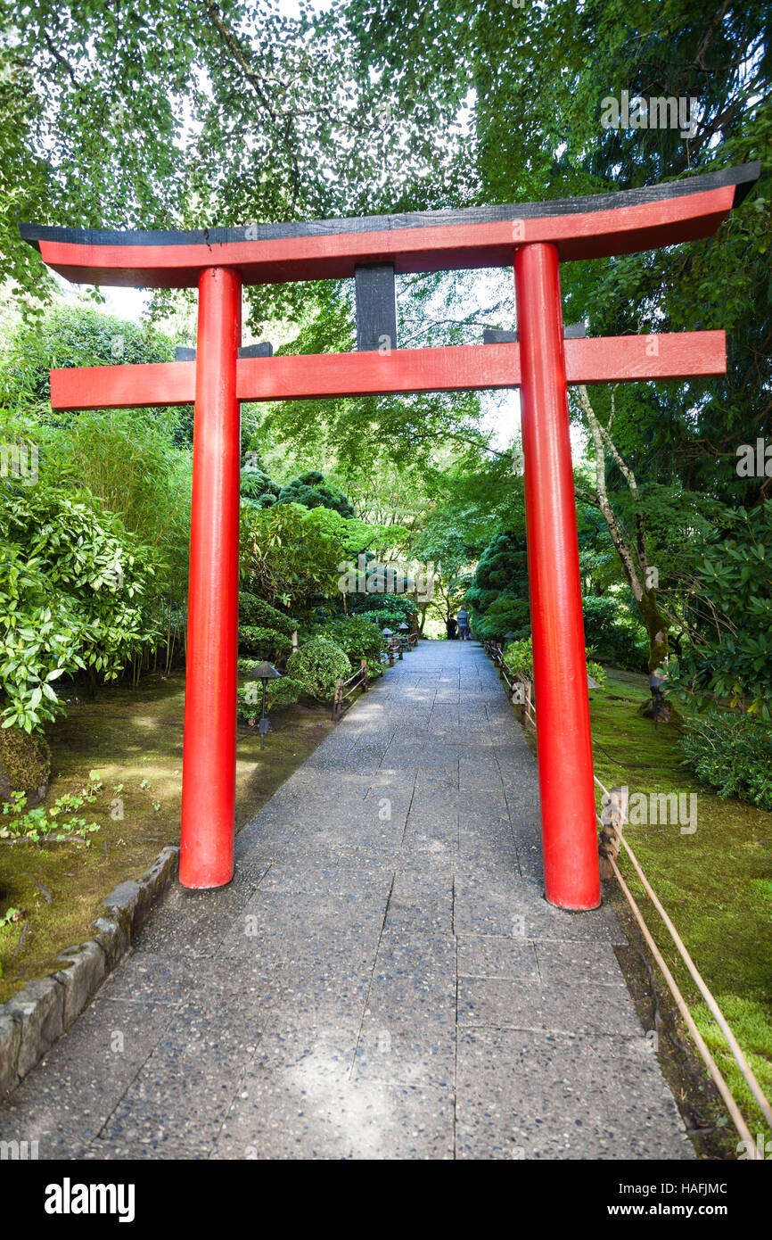 A torii gate at the entrance to the japanese garden at for Japanese garden entrance
