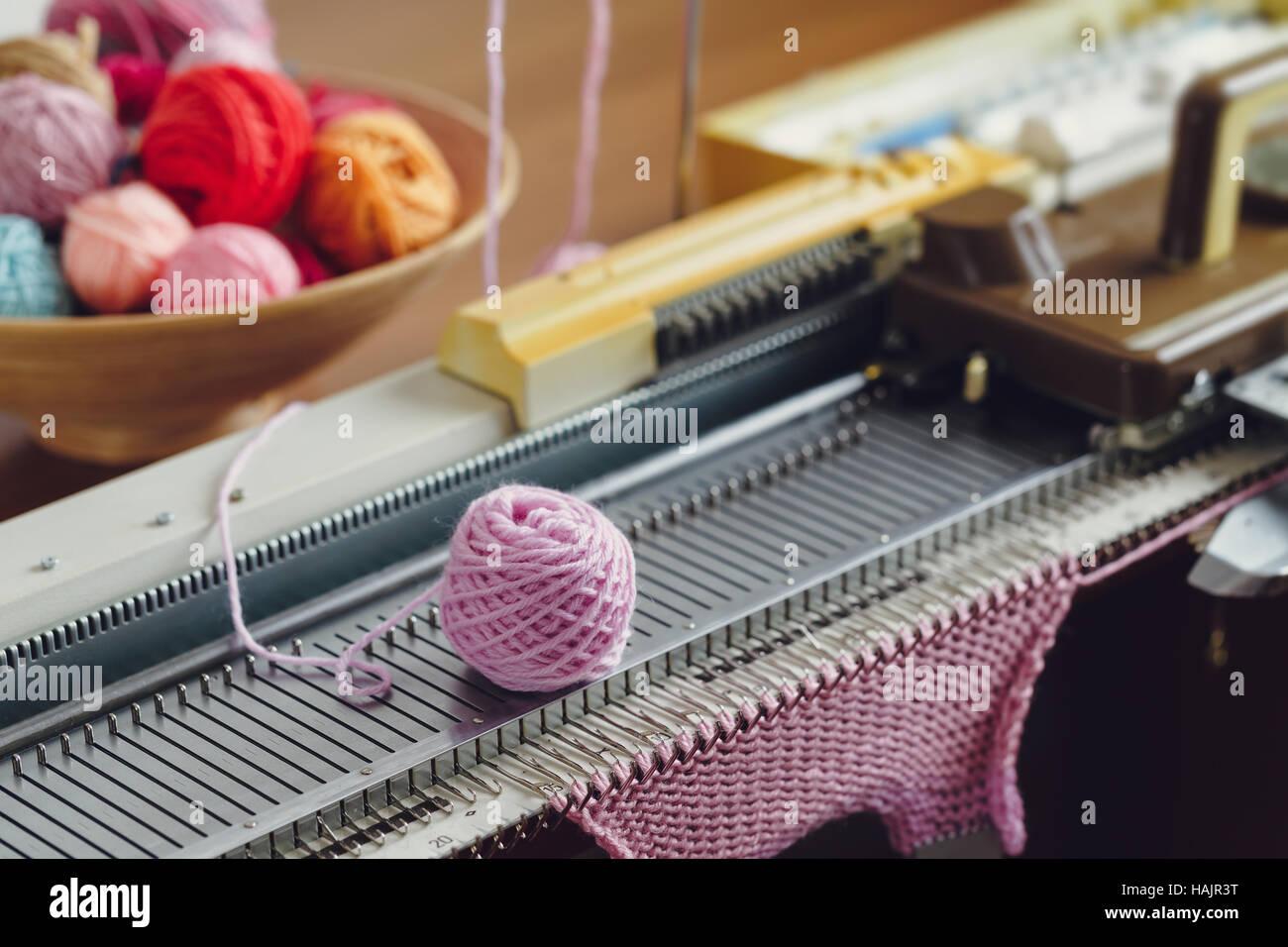 Knitting Paradise Machine Knitting : Hand knitting machine a is device used