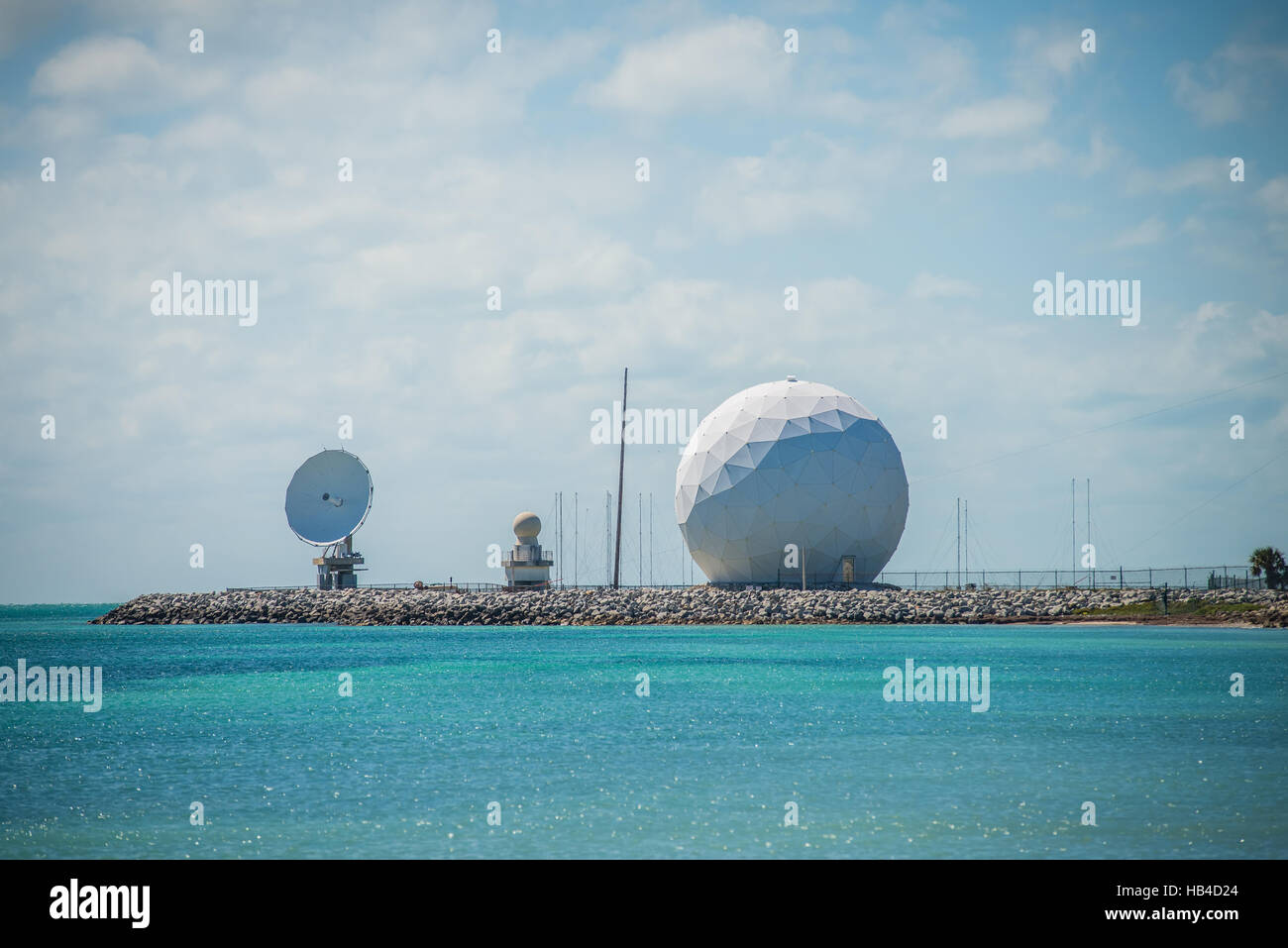 radar-dome-technology-on-the-sea-coast-HB4D24.jpg