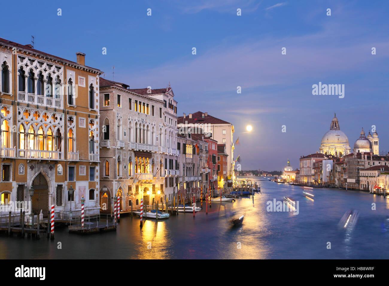 palazzo-franchetti-on-grand-canal-venice