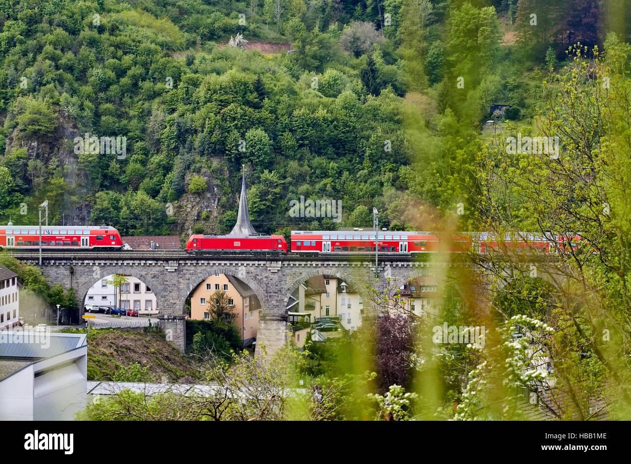 Deutsche Bahn: Regional-Train in Black Forest Stock Foto