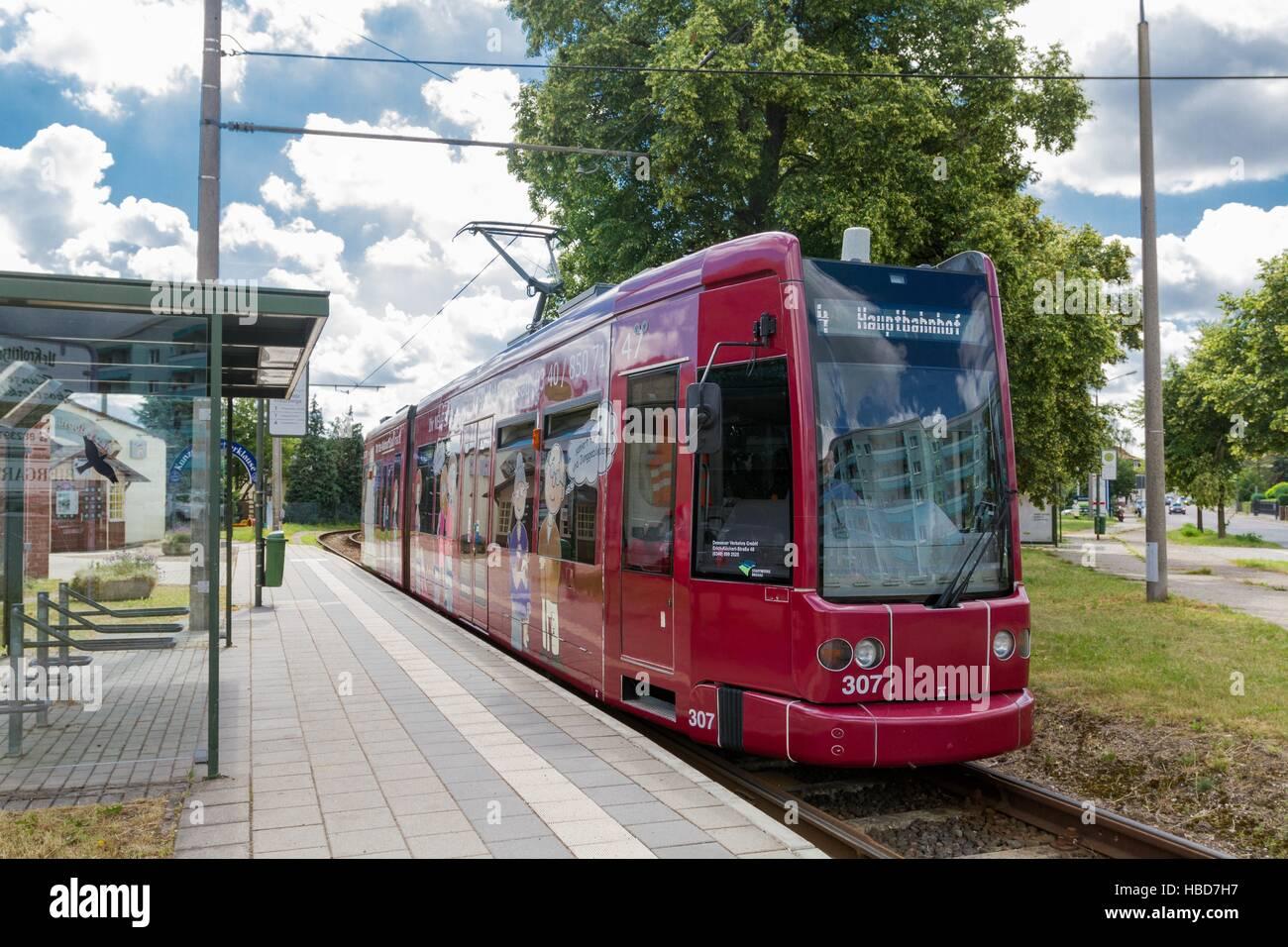 Dessau: Tramway to Kreuzberg-Street Stock Foto