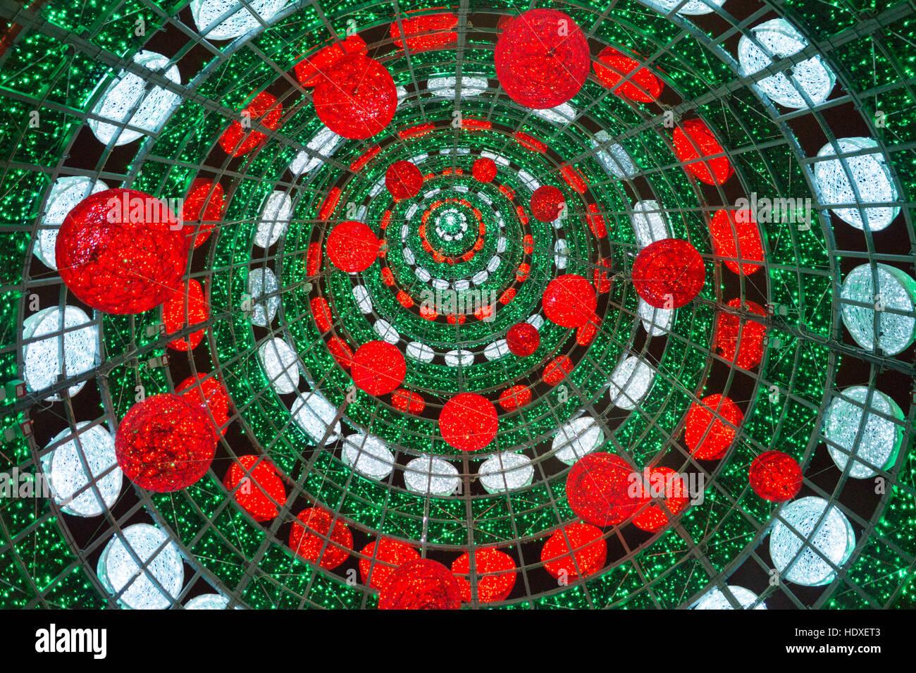 christmas-tree-arco-da-rua-augusta-augus