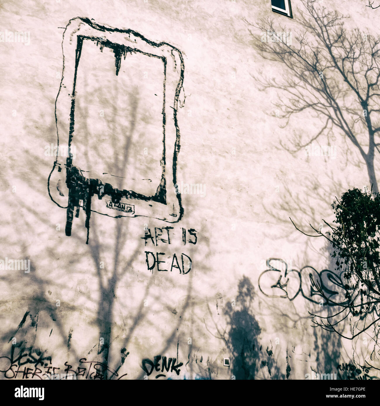 art-is-dead-drawing-of-empty-frame-and-leaking-paint-street-art-on-HE7GPE.jpg