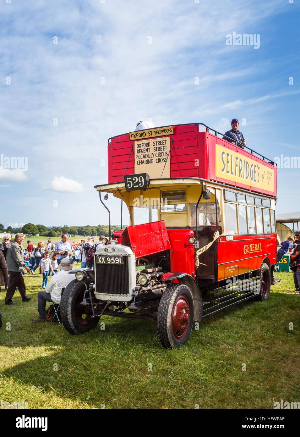 Vintage London Bus 104