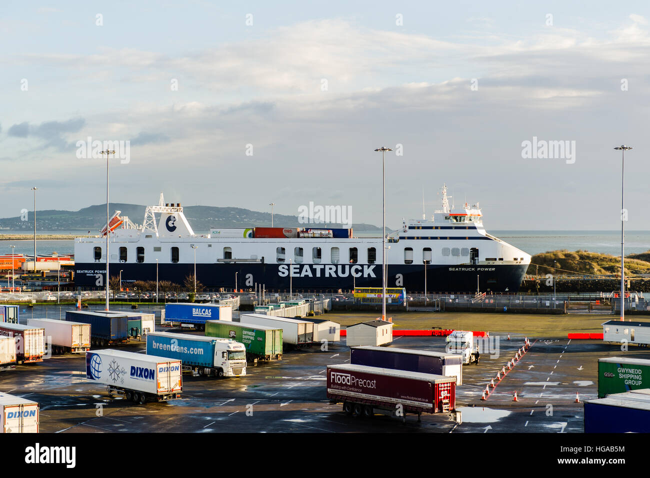 seatruck-roll-on-roll-off-ferry-seatruck