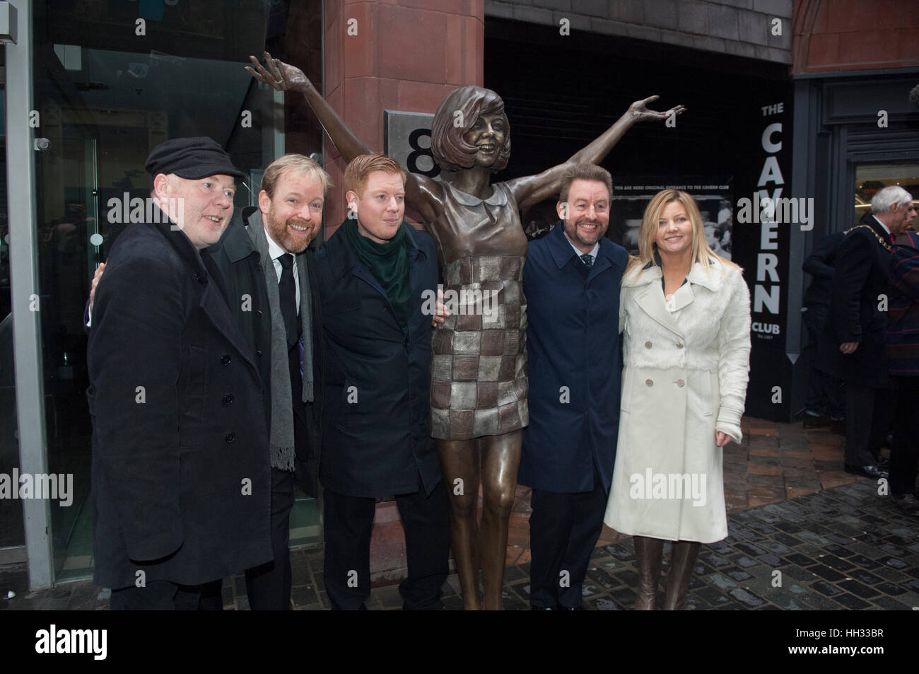 Liverpool, UK. 16th January 2017. Jack, Ben and Robert Willis, sons of the late star, Cilla Black, together with Stock Foto