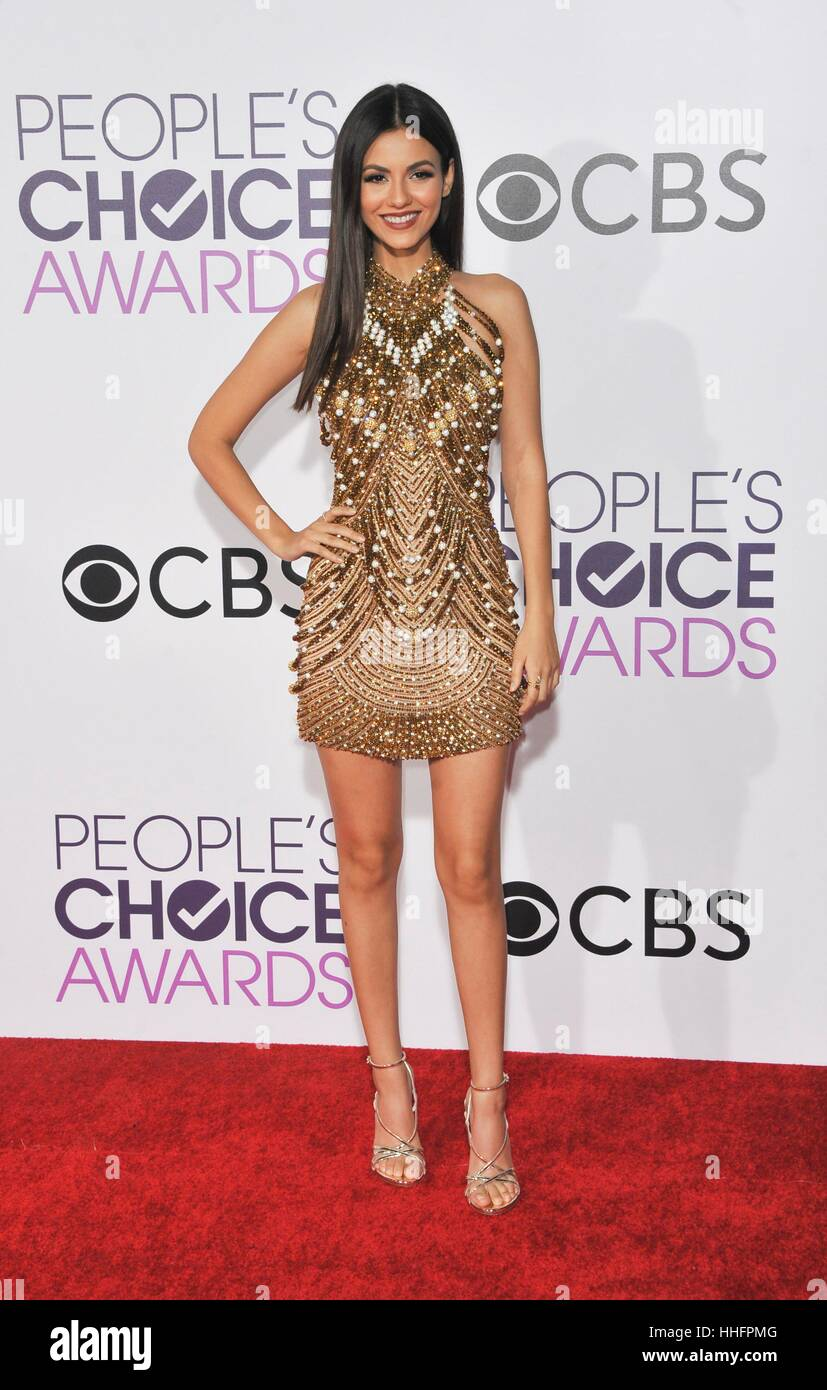 Los Angeles, CA, USA. 18th Jan, 2017.  Victoria Justice at arrivals for People's Choice Awards 2017 - Arrivals, Stock Foto