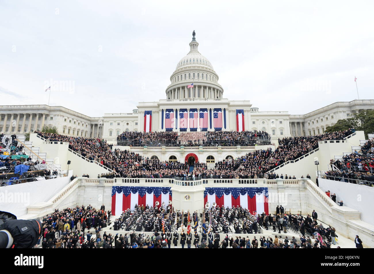 President Donald Trump takes the Oath of Office at his inauguration on January 20, 2017 in Washington, DC Trump Stock Foto