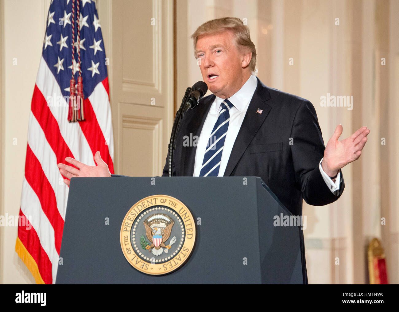 Washington, USA. 31st Jan, 2017. United States President Donald J. Trump announces N. Gorsuch as his nominee to Stock Foto