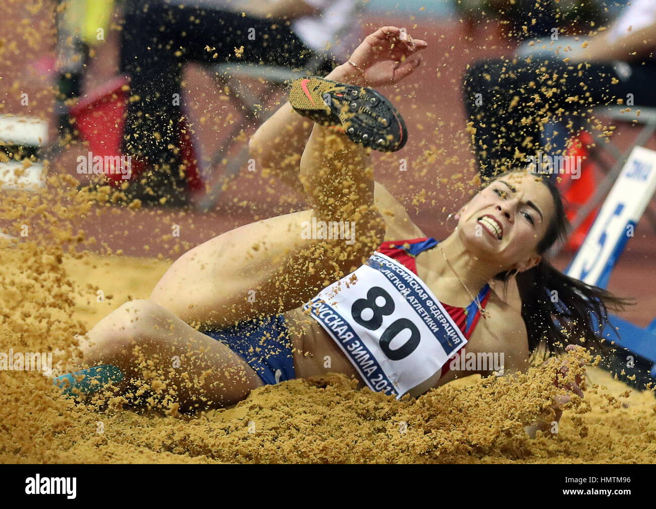 Moscow, Russia. 5th Feb, 2017. Russia's Marina Buchelnikova competes in the long jump event at the 26th Russian Stock Foto