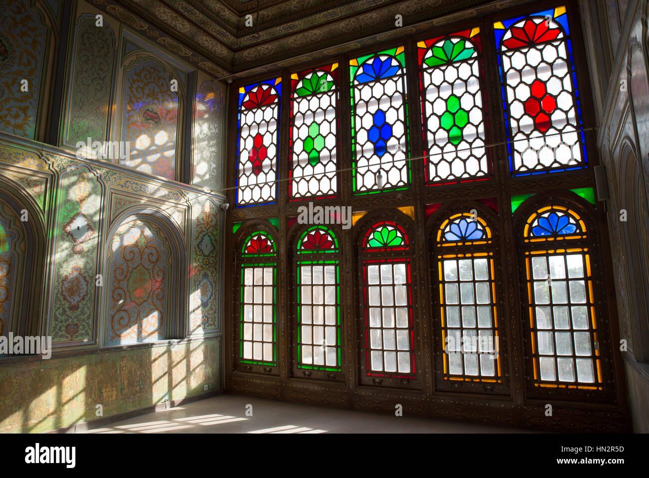 Stained glass windows at qavam house narenjestan e ghavam for Window glass design 5 serial number