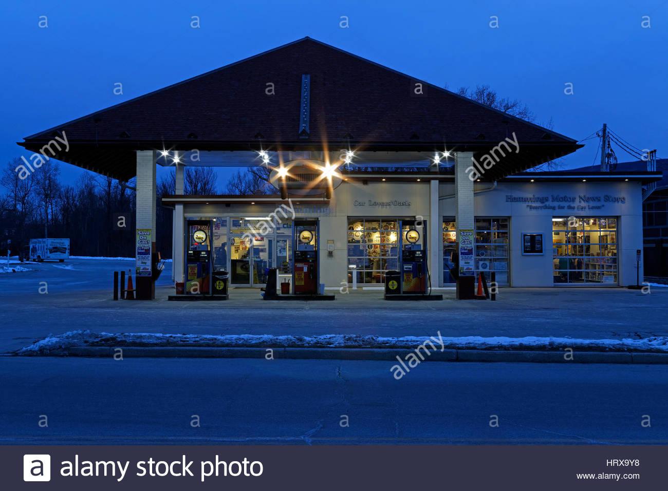 gas-station-in-bennington-vermont-usa-HR