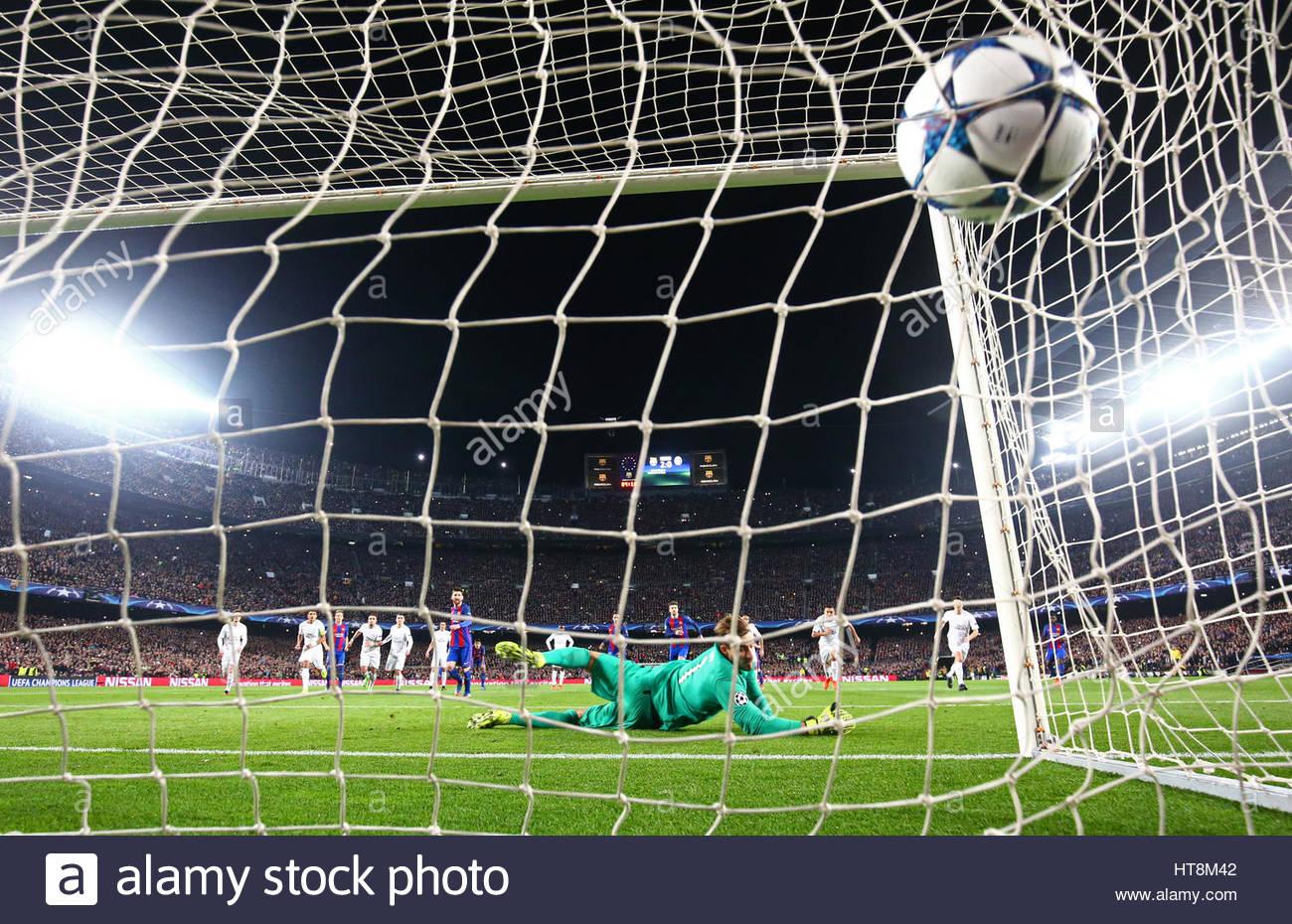 Football Soccer - Barcelona v Paris St Germain - UEFA Champions League Round of 16 Second Leg - The Nou Camp, Barcelona, Stock Foto