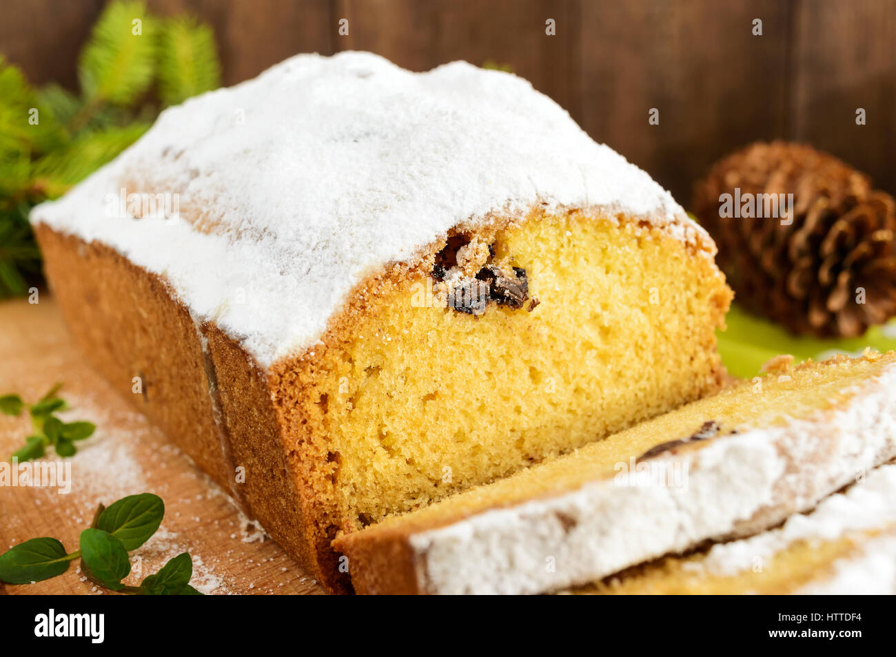 Christmas Loaf Cake Decoration : Freshly baked homemade loaf cake, decorating the top with ...