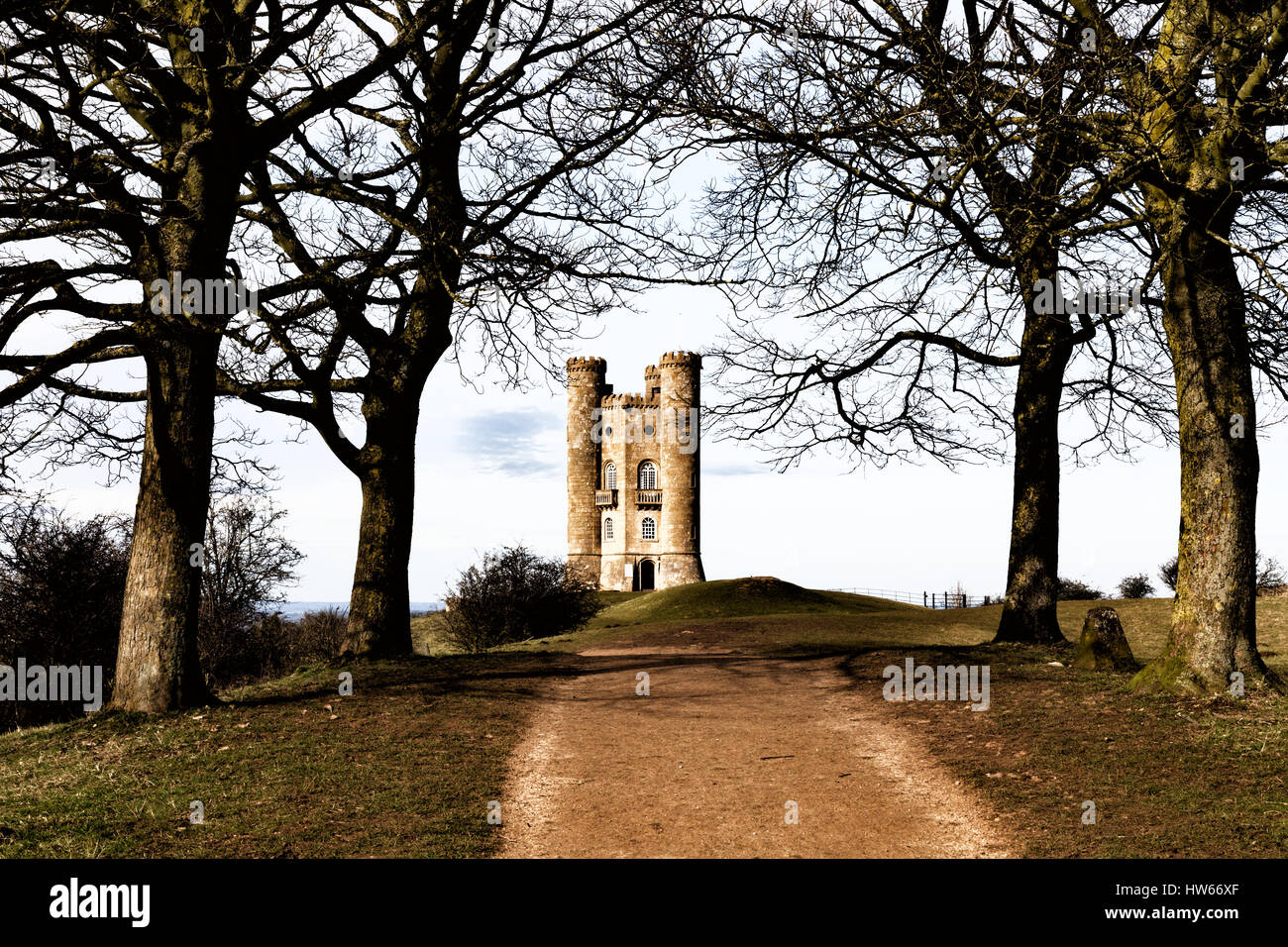 broadway-tower-an-18th-century-folly-on-