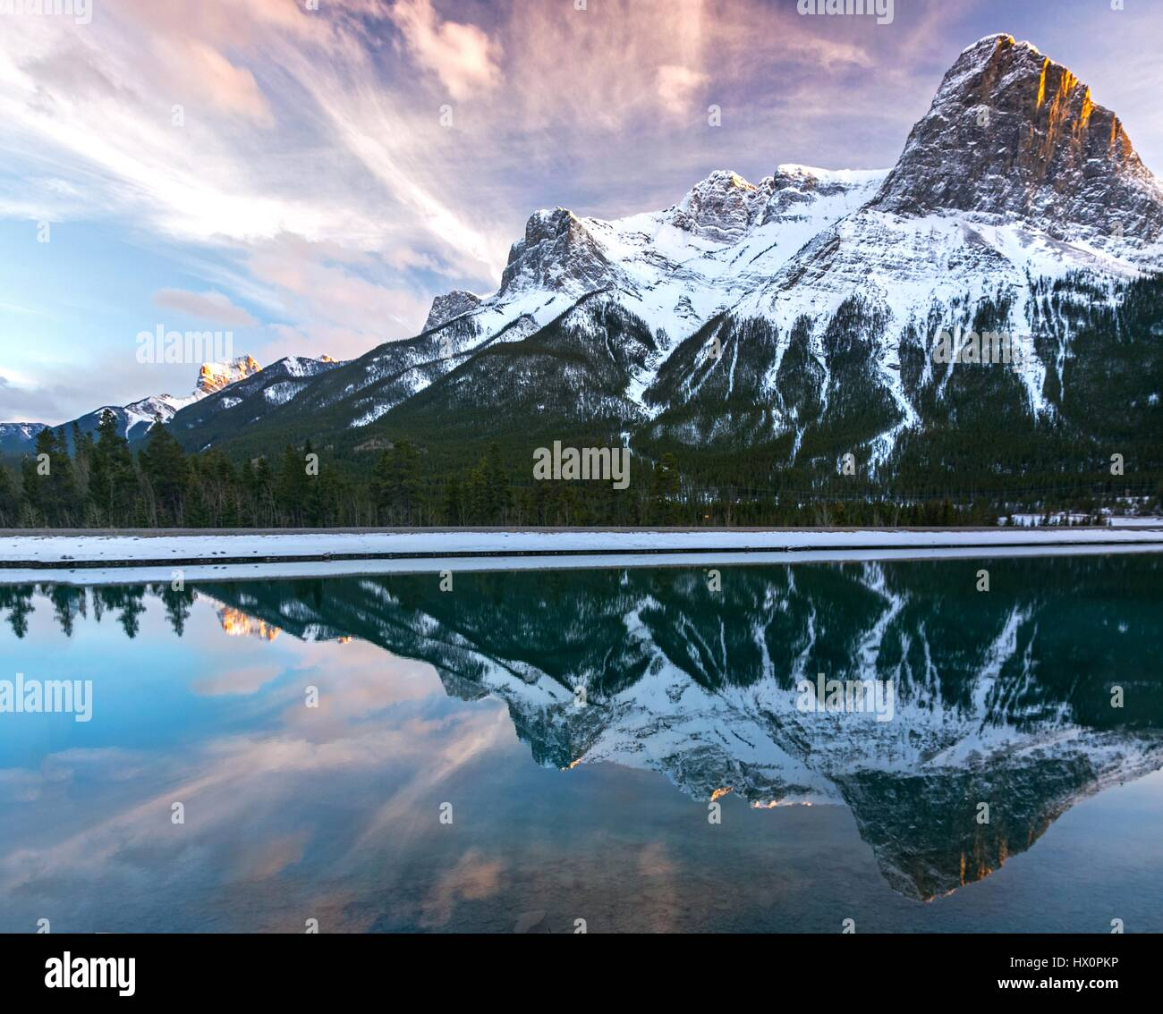 view-of-ha-ling-peak-above-canmore-in-ca