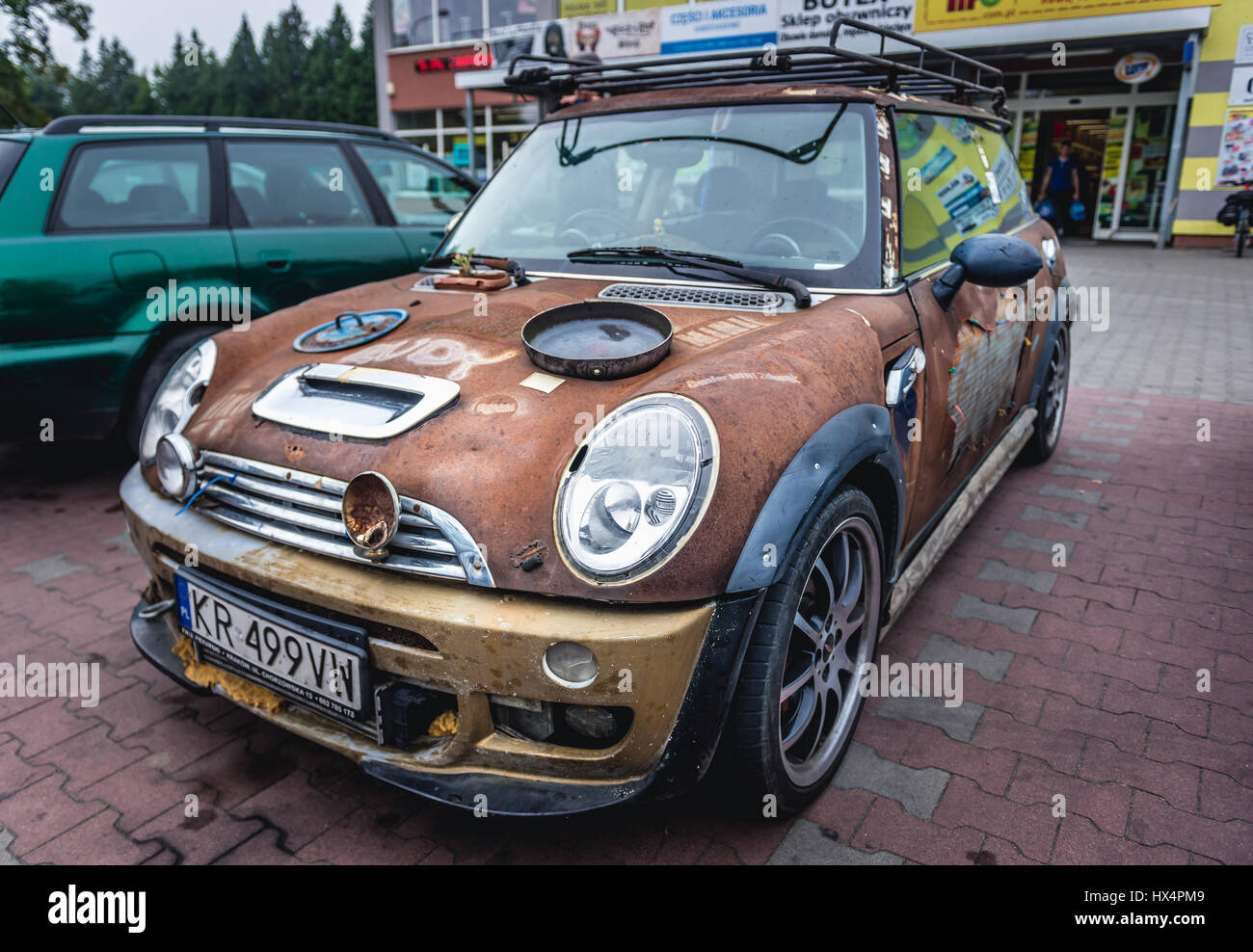 uncanny mini one car tuning in kartuzy town in kashubia. Black Bedroom Furniture Sets. Home Design Ideas