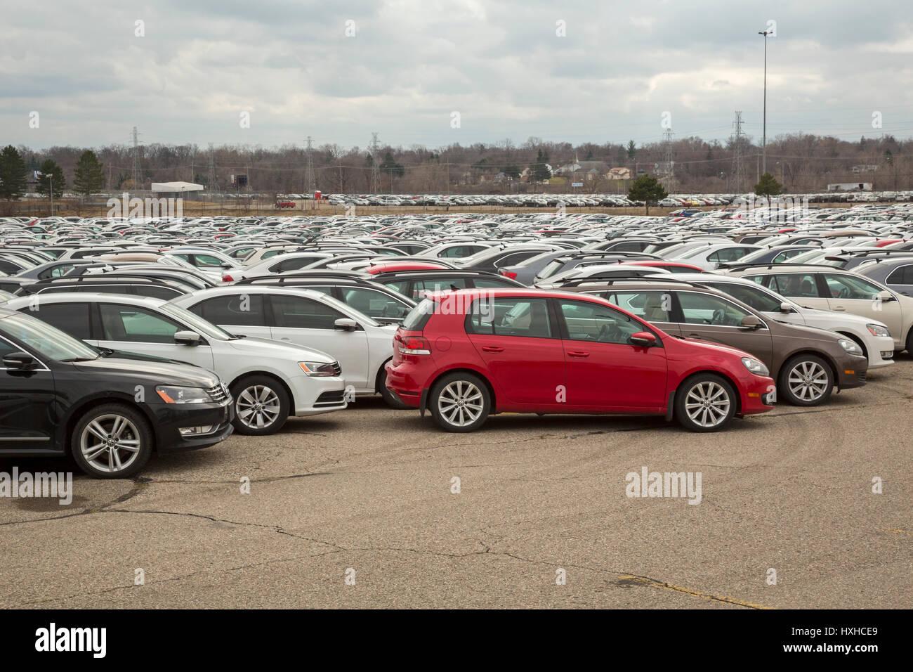Volkswagen Diesel Buyback >> Pontiac, Michigan - Thousands of Volkswagen diesel vehicles are Stock Photo, Royalty Free Image ...