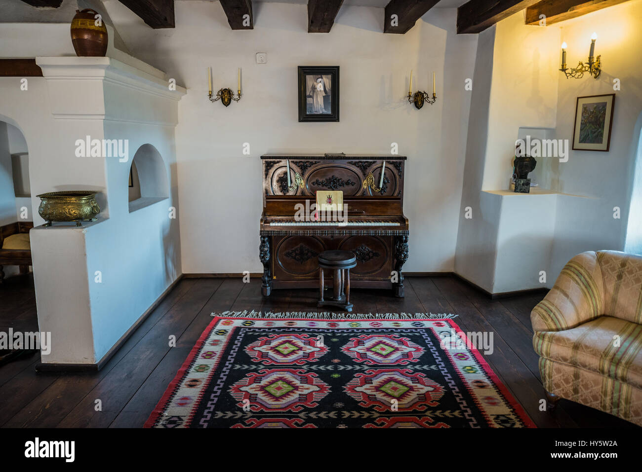 Piano in library and music room in bran castle romania for Why is house music called house