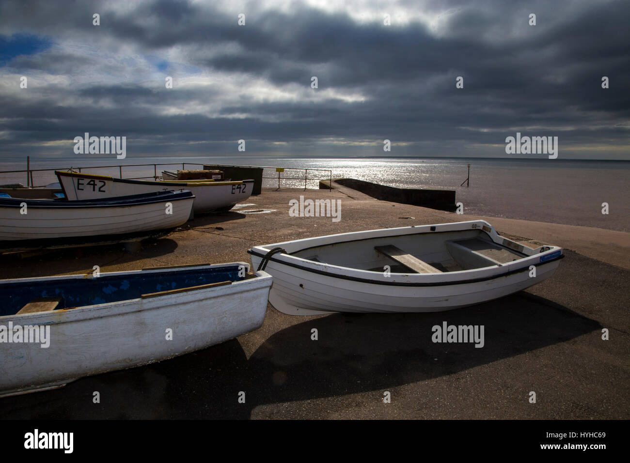 fishing-boats-beside-the-sea-at-port-roy