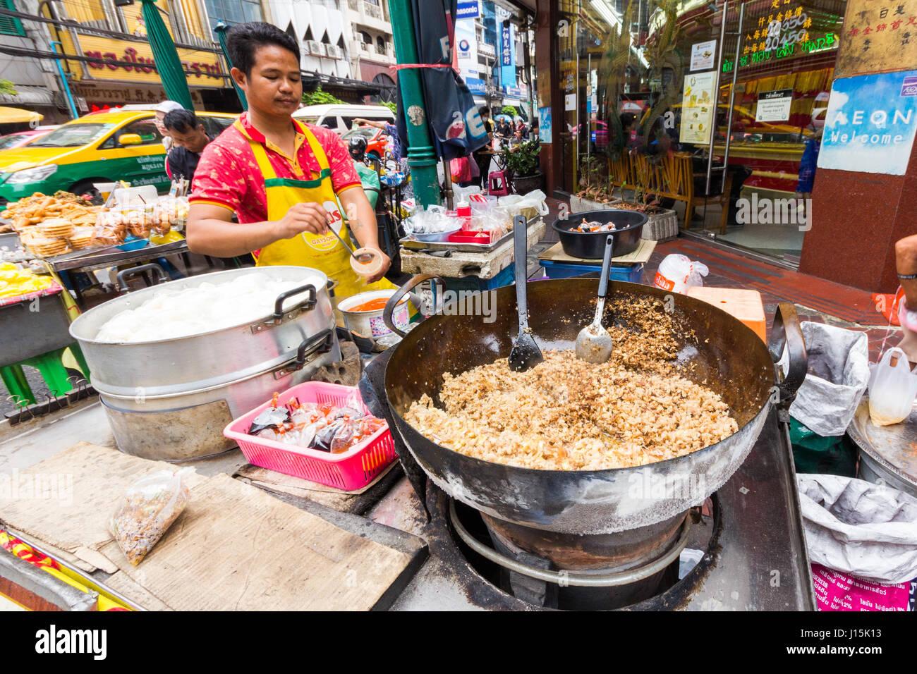 Thai Street Food Vendor In Manhattan