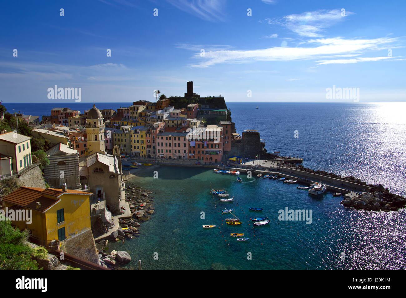 vernazza-summer-landscape-national-park-
