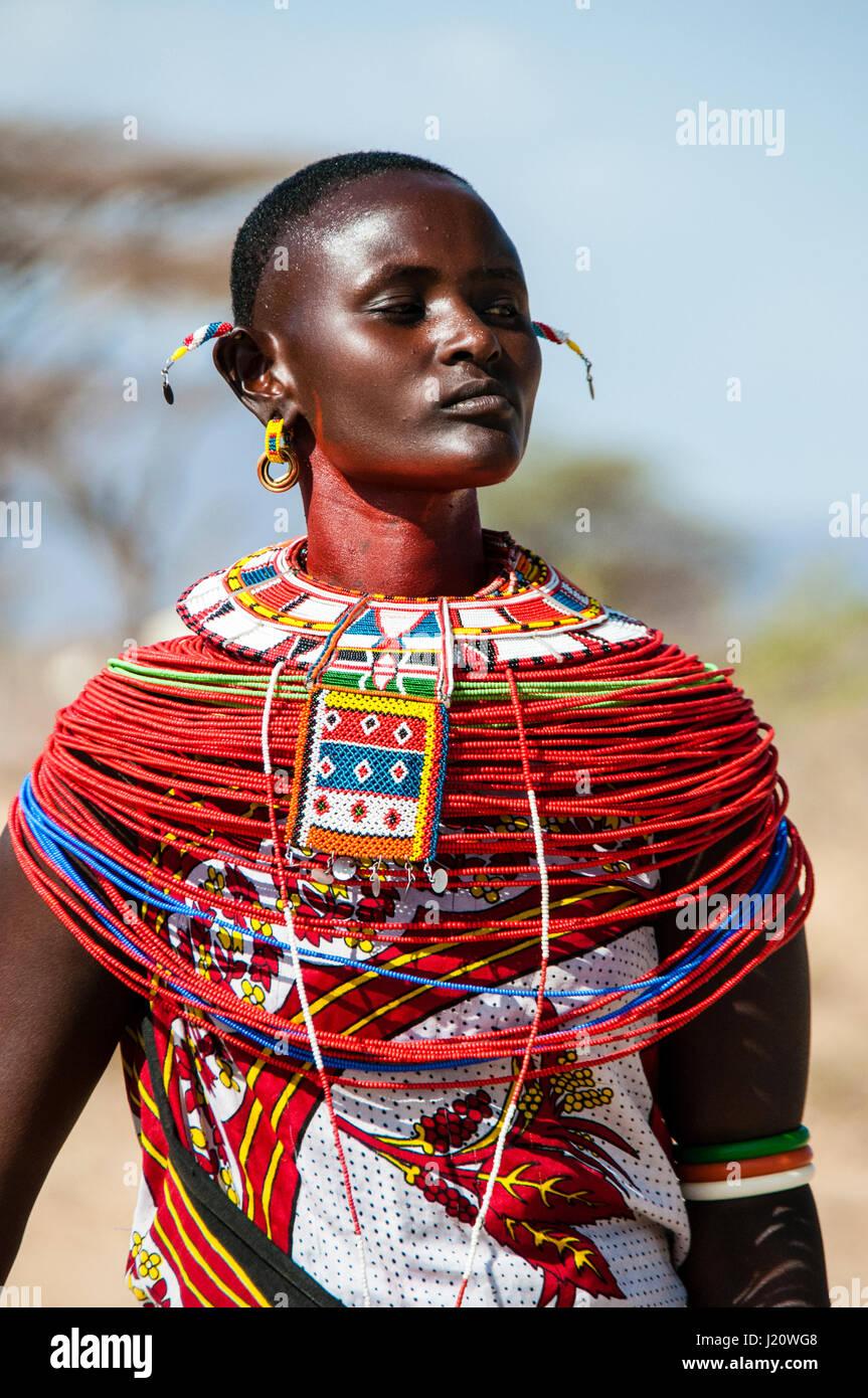 close-up-portrait-of-a-samburu-maasai-wo
