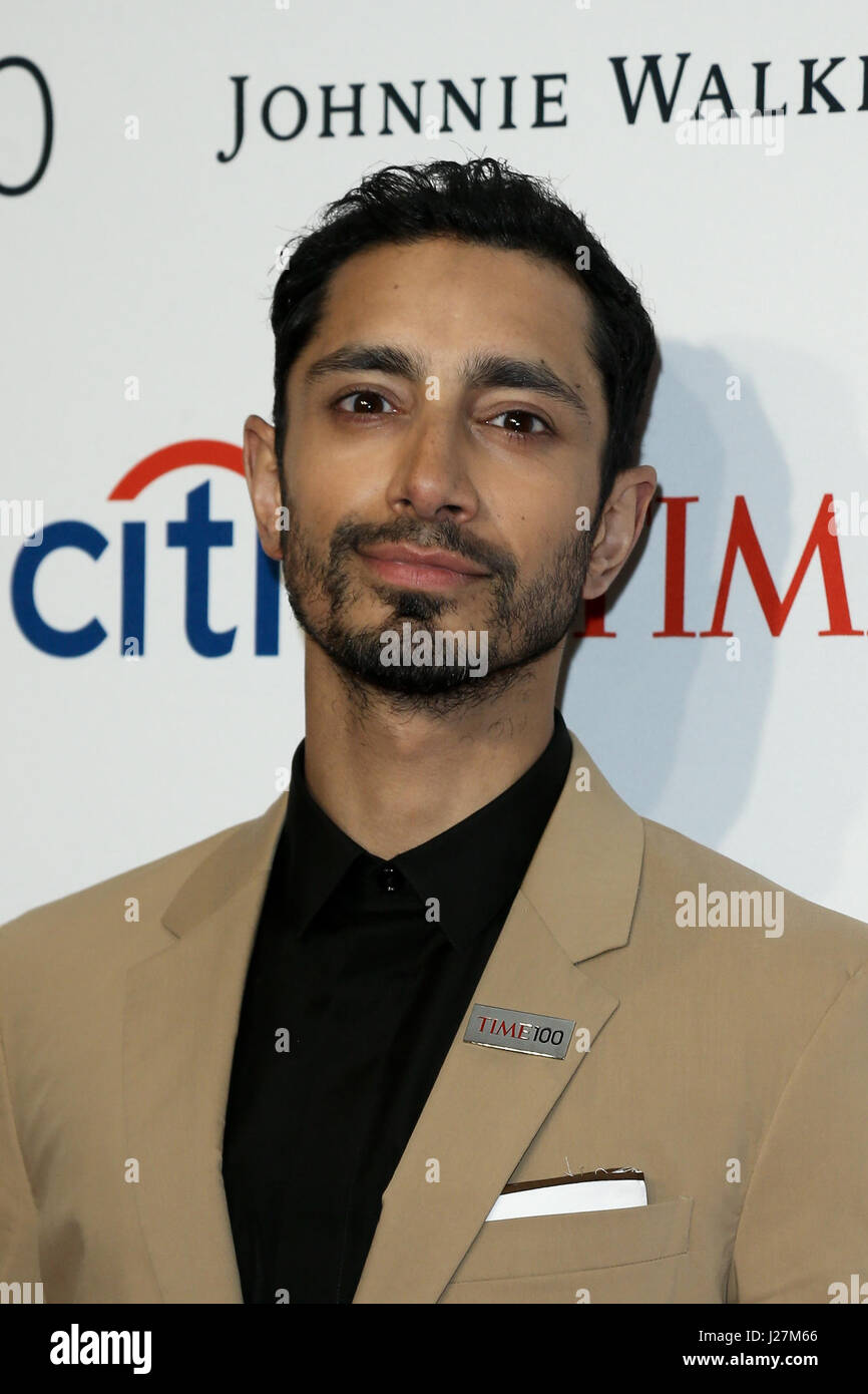 New York, USA. 25th April, 2017. Actor Riz Ahmed attends the Time 100 Gala at Frederick P. Rose Hall on April 25, Stock Foto