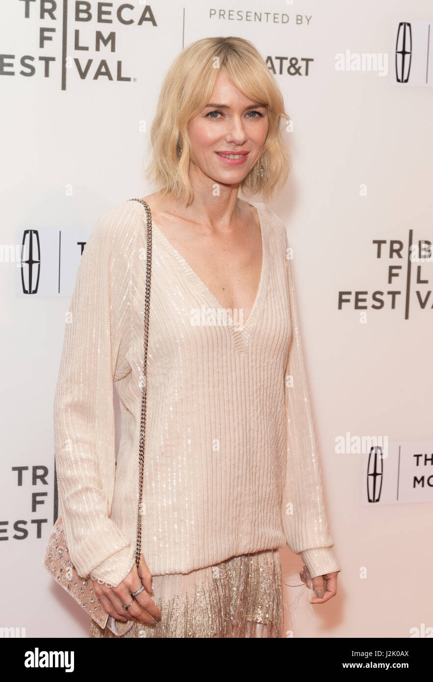 New York, United States. 28th Apr, 2017. New York, NY USA - April 28, 2017: Naomi Watts attends premiere of Chuck Stock Foto