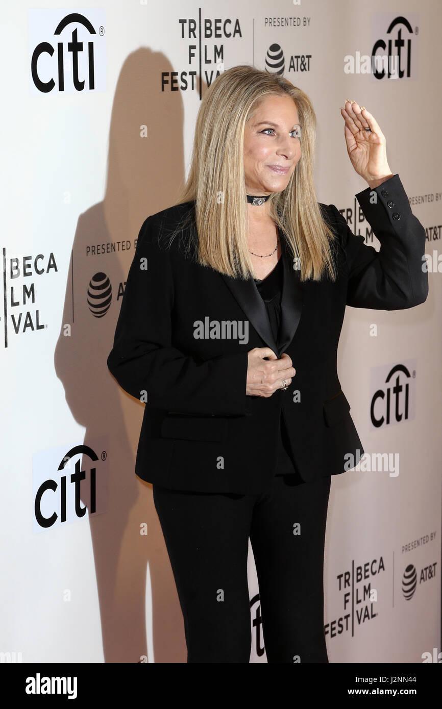 Singer Barbra Streisand attends the 'Tribeca Talks Storytellers: Barbra Streisand with Robert Rodriguez' at BMCC Stock Foto