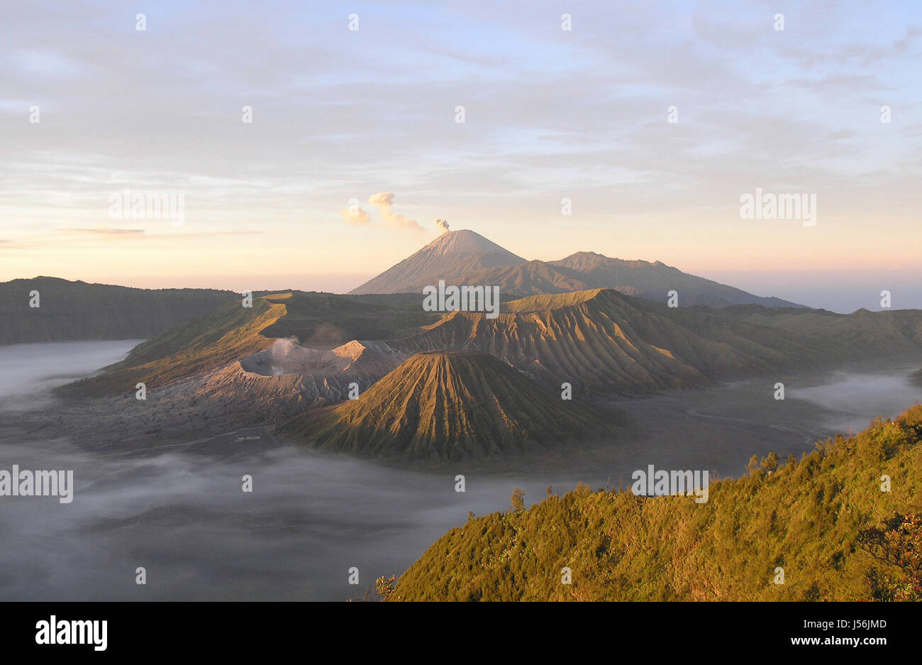 danger asia indonesia catastrophe vulcan volcano aktiver vulkan bromo java - Stock Image