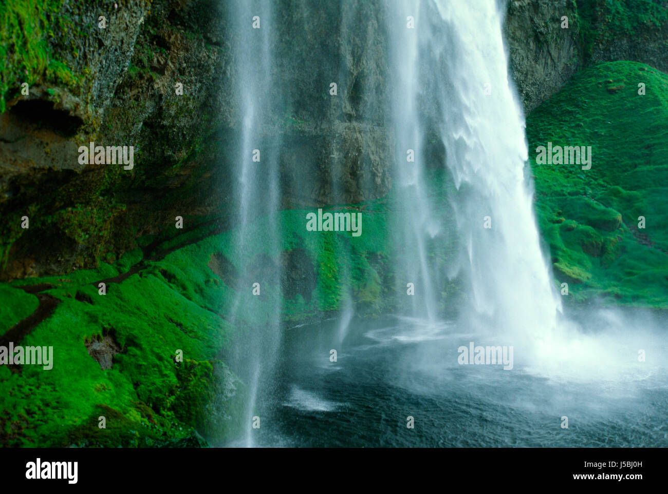 Dynjandifoss stock photos dynjandifoss stock images alamy for Waterfall cycle