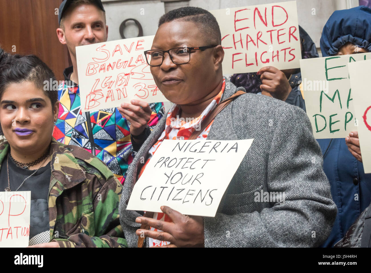 London, UK. 17th May 2017. Aderonke Apata at the protest at the Nigerian High Commission calls for the Nigerian Stock Photo