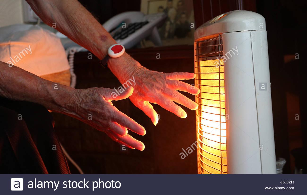 Living Room Temperature Pensioners