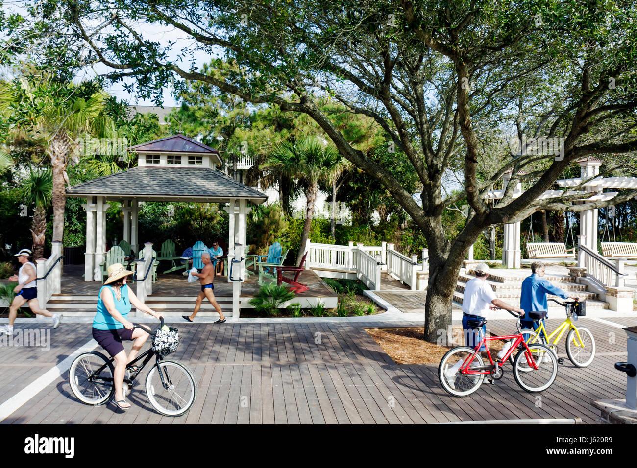 South Carolina Hilton Head Island South Forest Beach Atlantic Ocean resort Coligny Beach Park public beach access - Stock Image