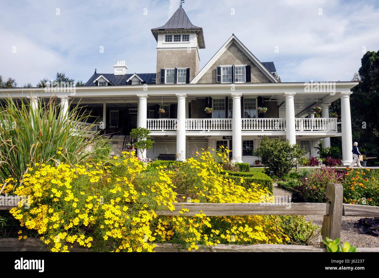 Charleston South Carolina Lowcountry Ashley River Road Magnolia Plantation and Gardens 1676 Drayton Family National - Stock Image