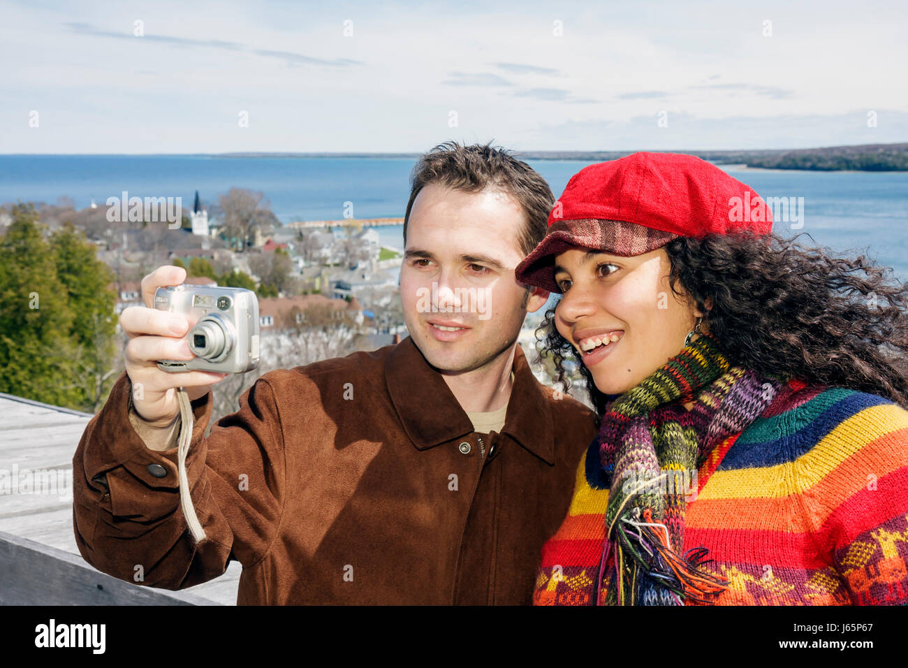 mackinac island single women Mackinac island's best free dating site 100% free online dating for mackinac island singles at mingle2com our free personal ads are full of single women and men in mackinac island looking.