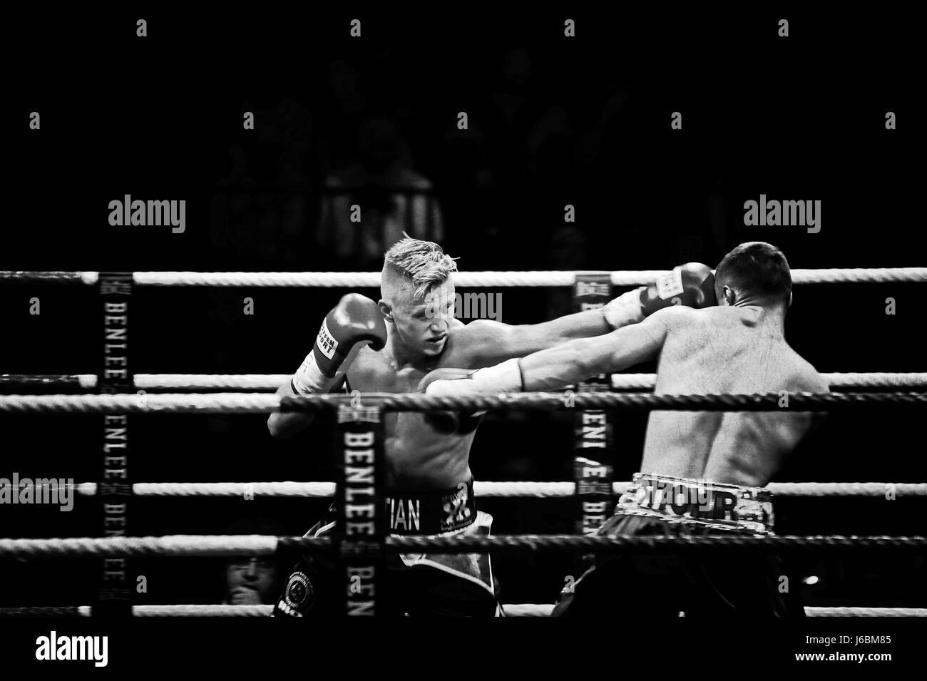 Sebastian Formella (Left, Hamburg, GER) vs. Denis Krieger (Right, Hamburg, GER), Superwelterweight, IBO Continentle - Stock-Bilder